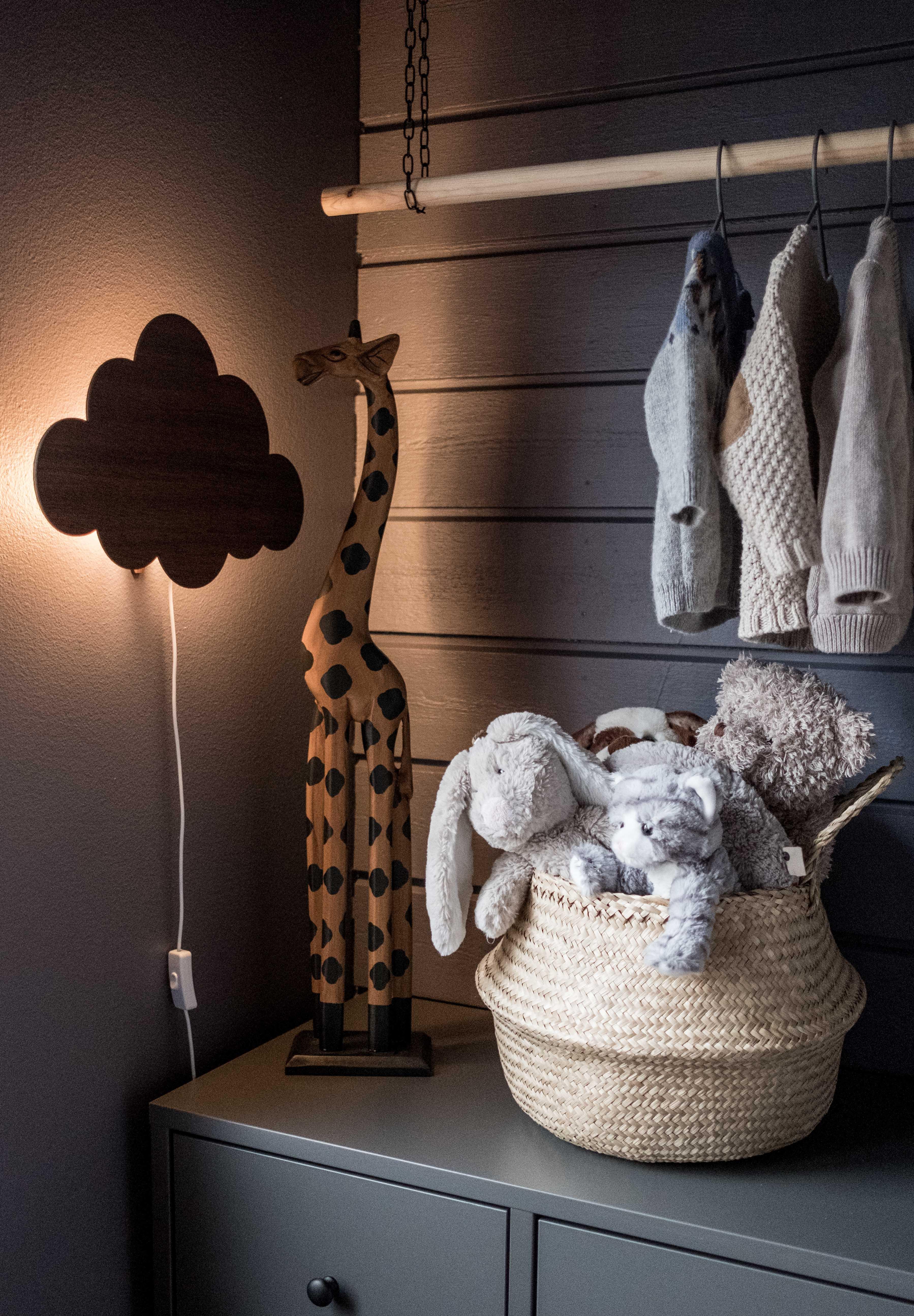 DIY klädhängare barnens sovrum