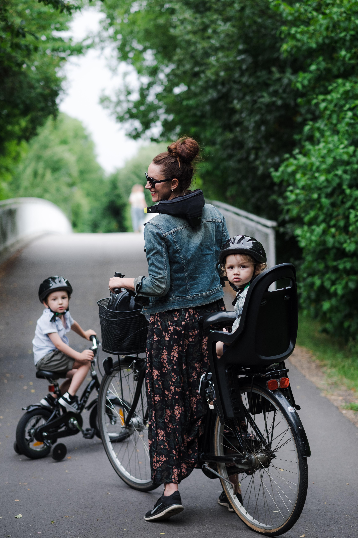 CYKELHJÄLM FRÅN HÖVDING   CYKLA HELA FAMILJEN