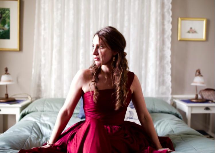 Sofia Moore – handsydda långklänningar!