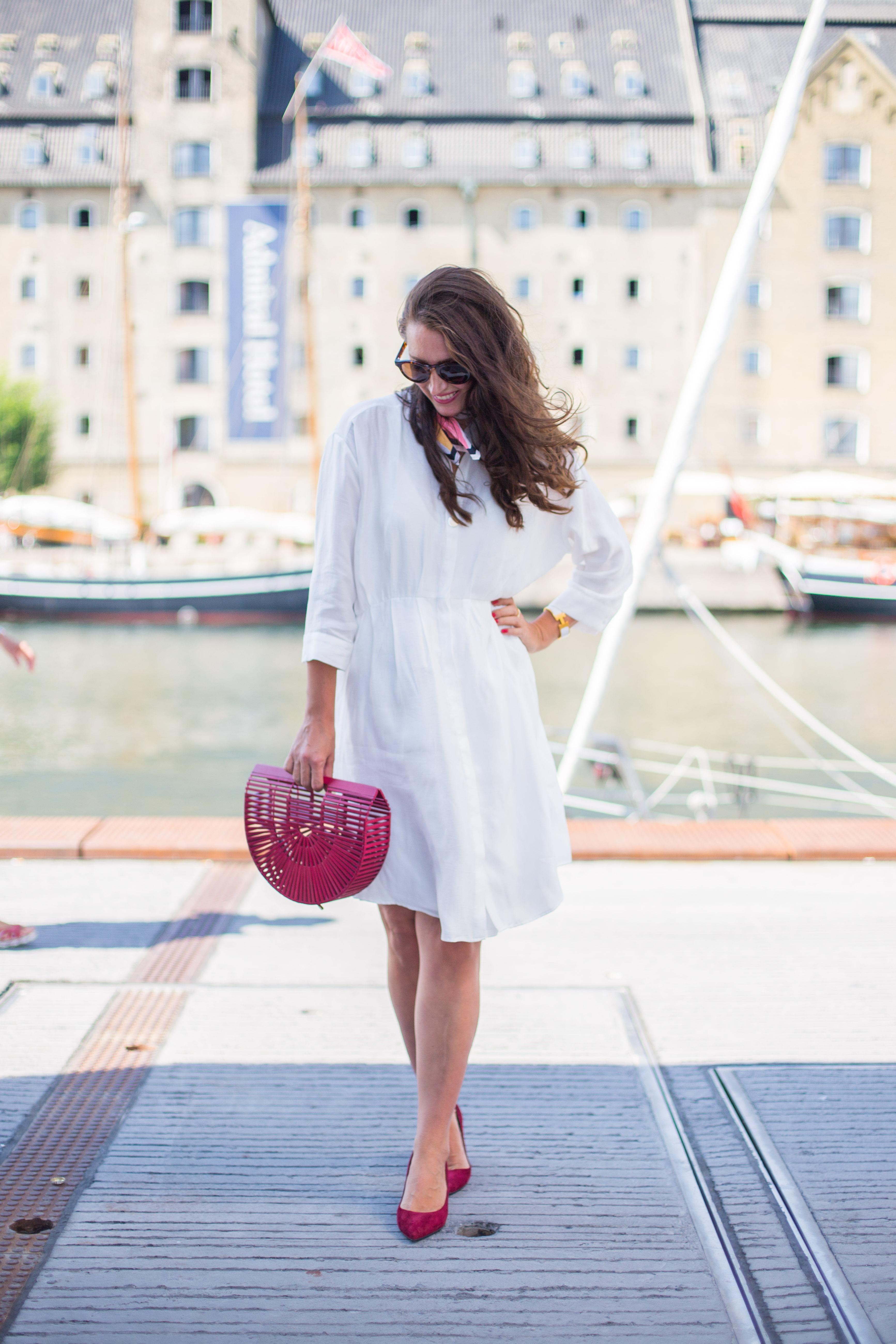 CPH Fashion Week- Outfit med röda accessoarer