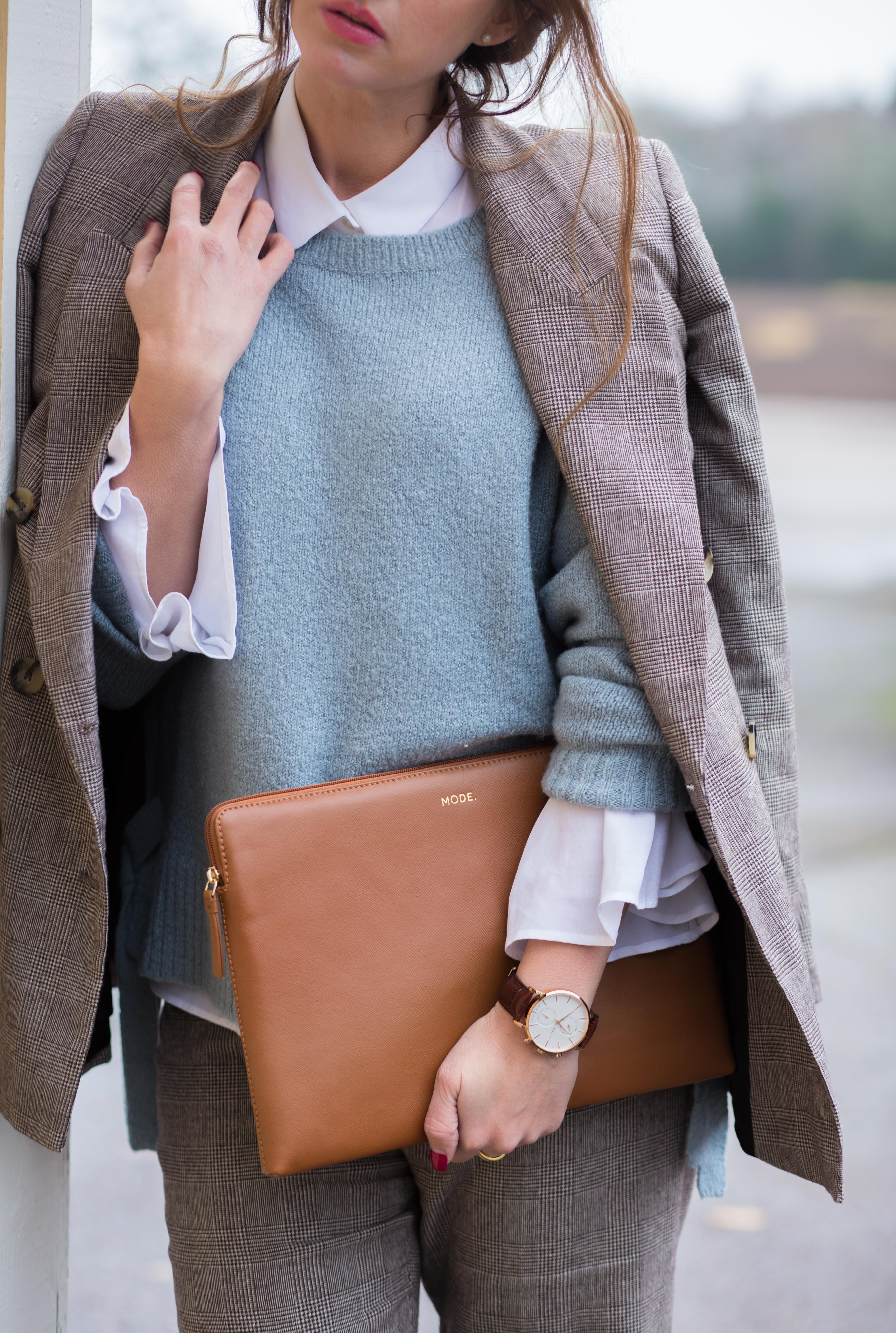 The laptop sleeve – an important accessory for a professional impresssion