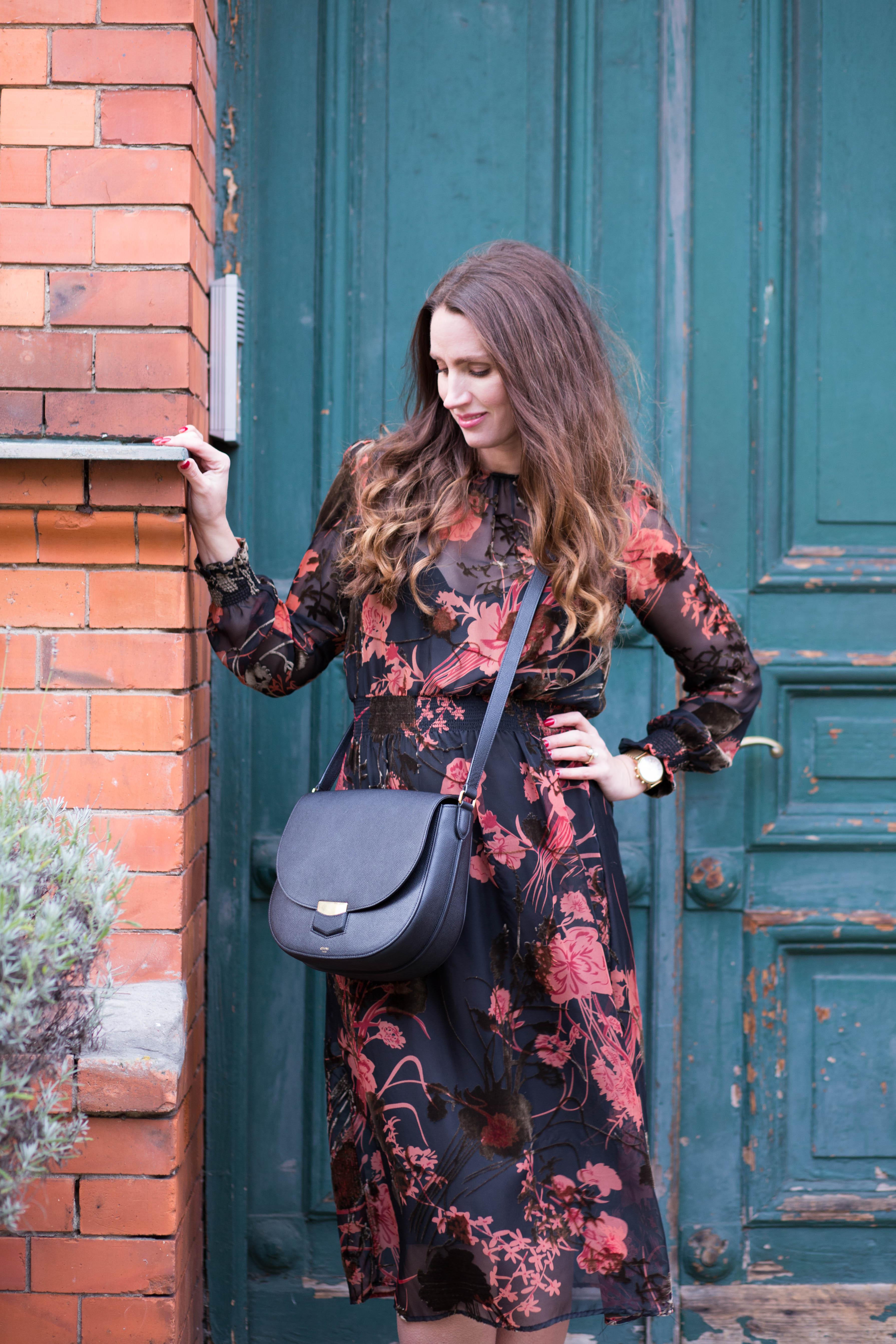 Lookbook: Modern floral midi dress