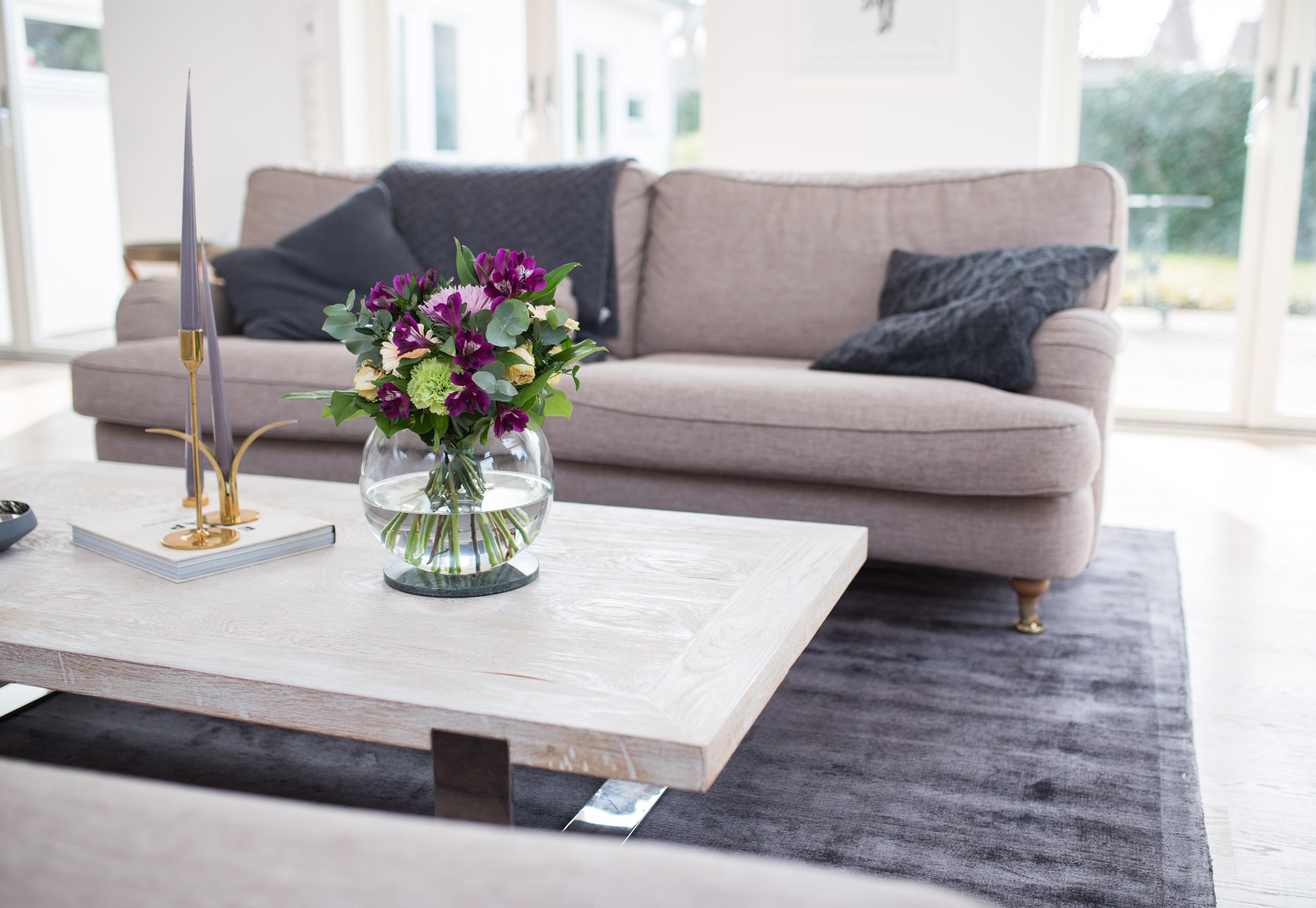 Stor grå matta till vardagsrummet – ett riktigt kap!