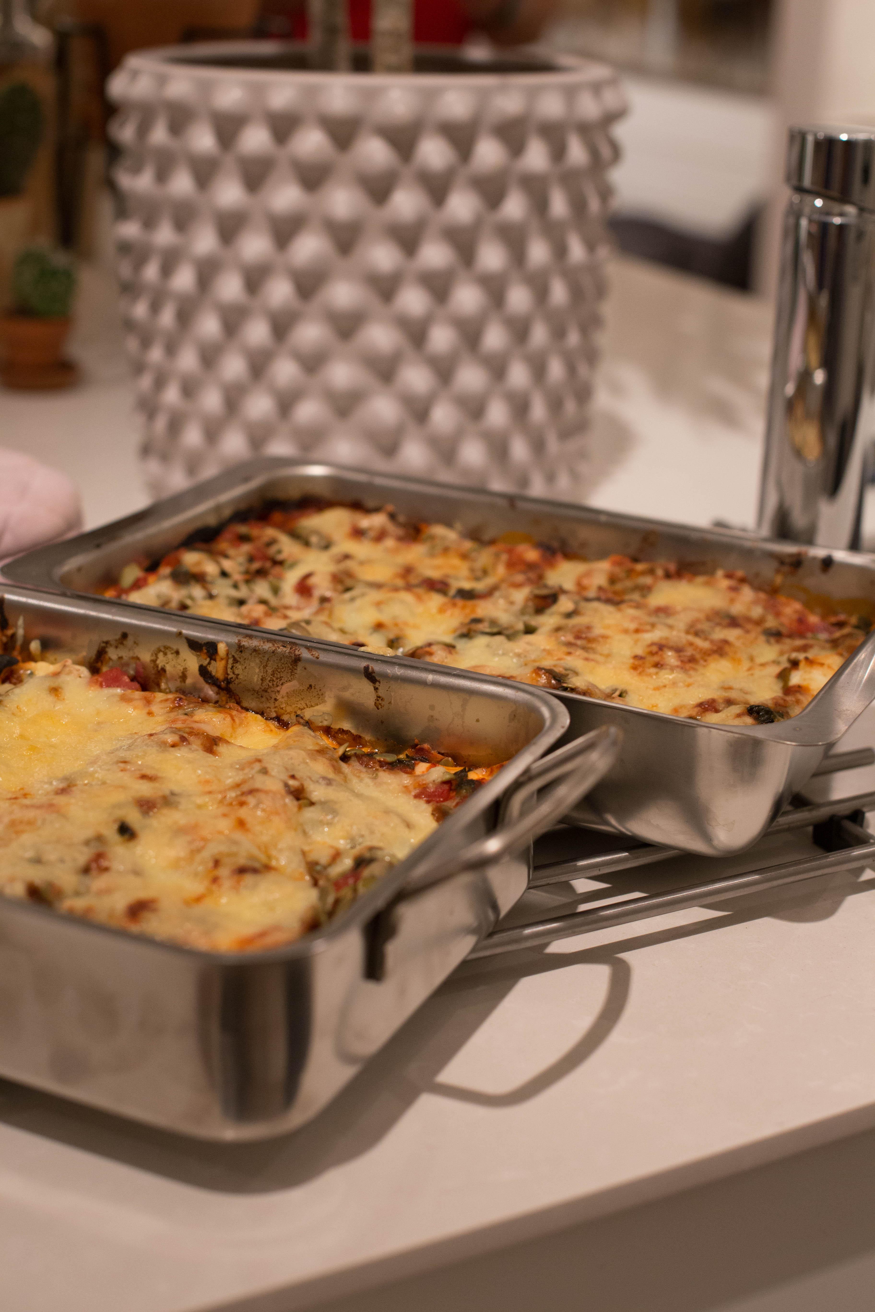 Vegetarisk Lasagne med pumpafrön, halloumi & spenat