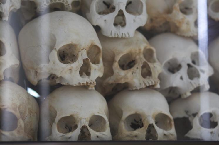 Dödens Fält vid Choeung Ek & Tuol Sleng